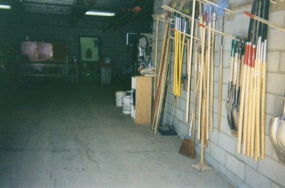 12_groundskeepers_room_08_24_95