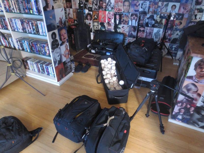 2_baseballs_and_equipment_bags