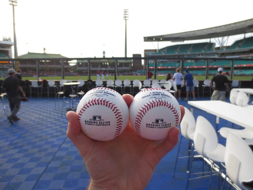 32_australian_commemorative_baseballs