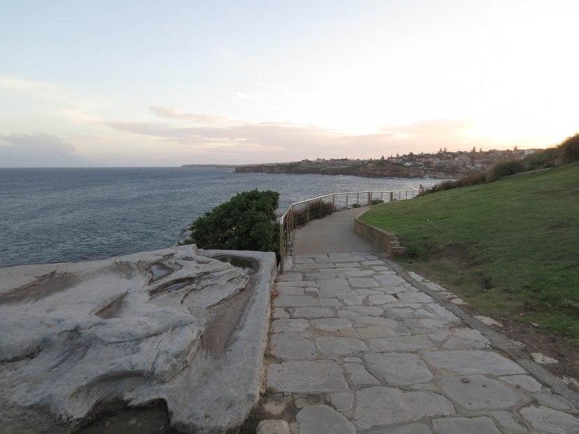 318_beautiful_walk_to_tamarama_beach