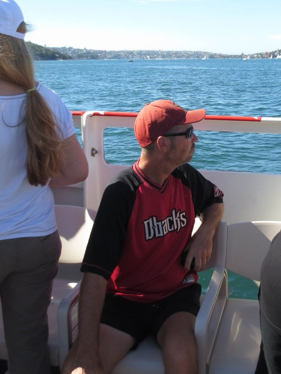 397_diamondbacks_fan_on_the_boat