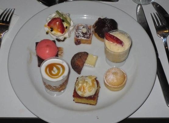 439_my_dessert_plate