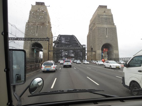 452_heading_over_the_sydney_harbour_bridge