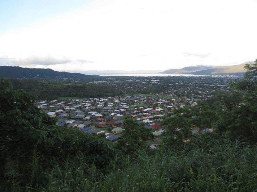632_scenic_lookout_over_cairns