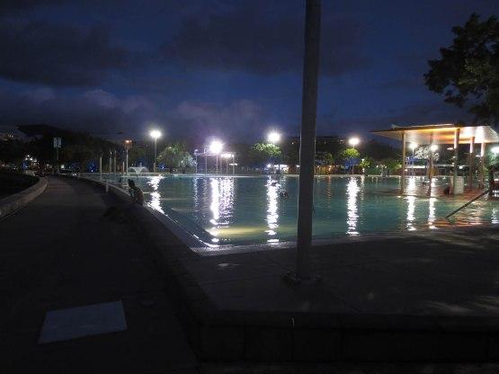 640_public_pool