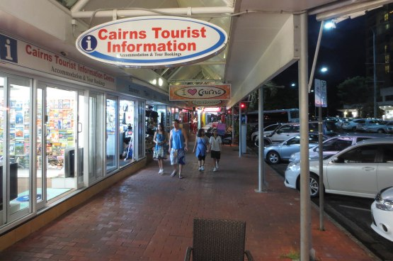 642_cairns_tourist_information