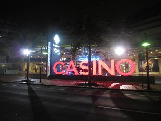 727_casino_sign