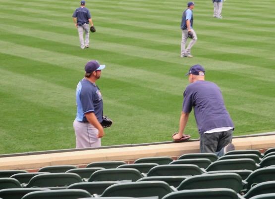 9_zack_talking_to_heath_bell