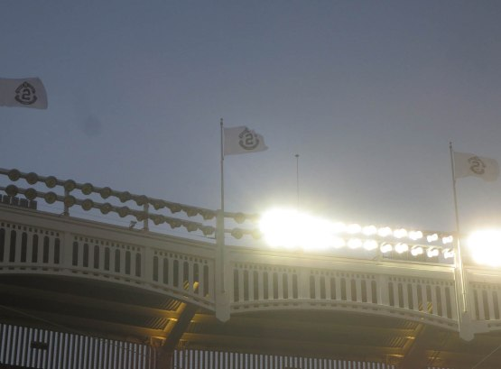 17_derek_jeter_flags