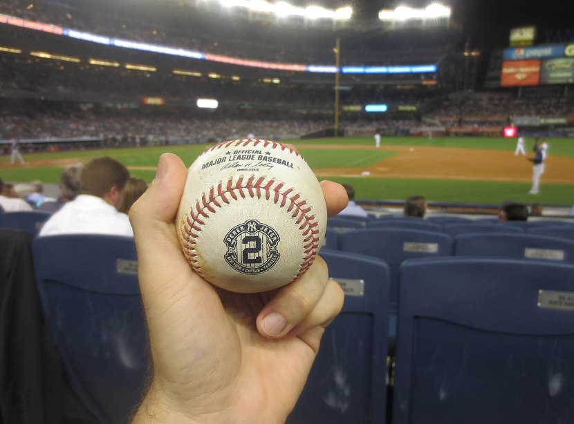 22_ball7707_mark_teixeira_groundout_tossed_by_yunel_escobar_after_the_4th_inning