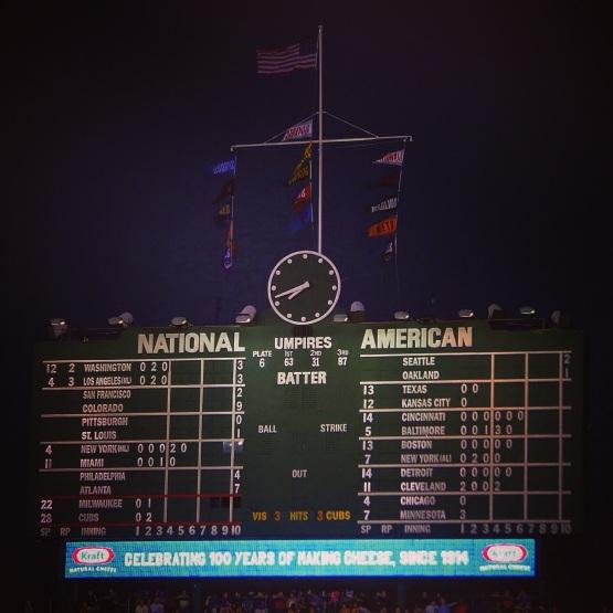 29_wrigley_field_scoreboard