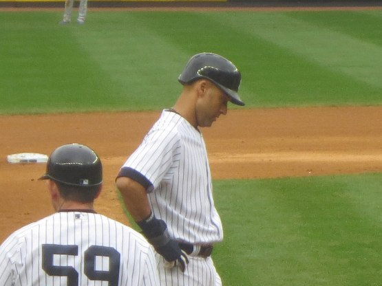 47_derek_jeter_looking_down