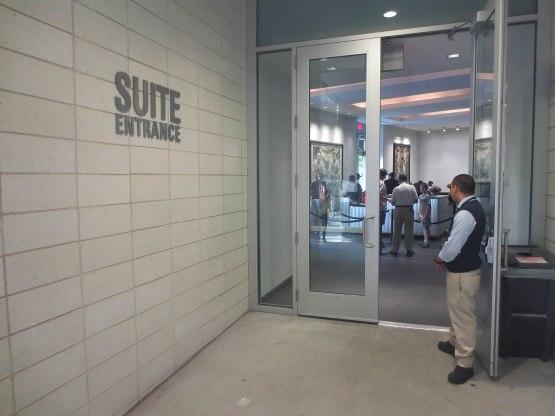 5_suite_entrance_09_11_14