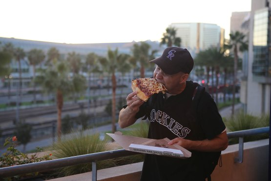 29_zack_eating_pizza