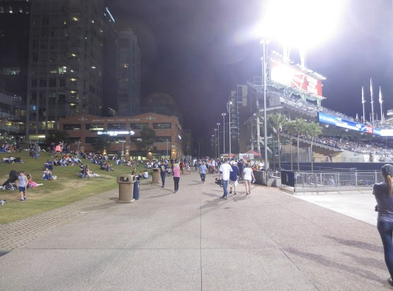 31_center_field_concourse_09_24_14