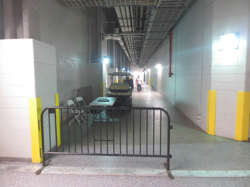 31_service_level_concourse_on_the_left