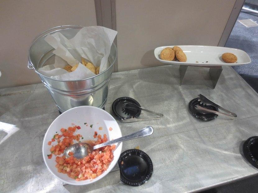 38_chips_salsa_cookies