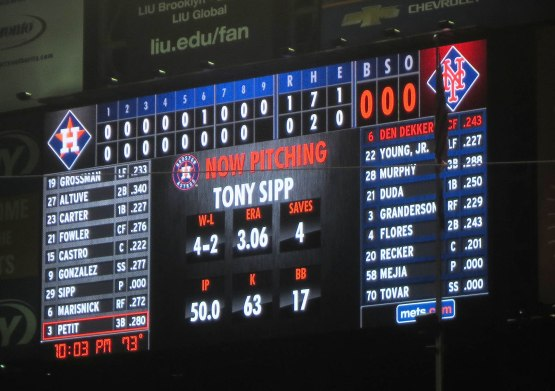 53_scoreboard_heading_to_the_bottom_of_the_9th_inning