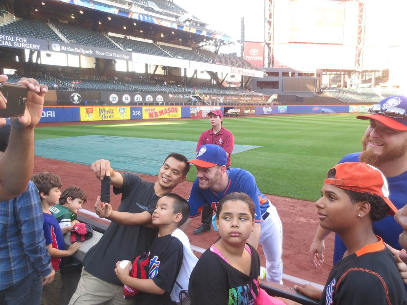 7_vic_black_and_josh_edgin_posing_for_photos_with_fans
