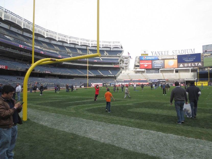 16_fieldgoal_on_the_field