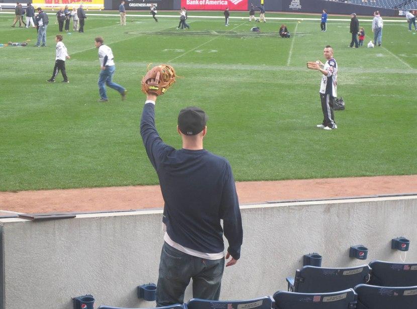35_chris_throwing_zack_a_ball