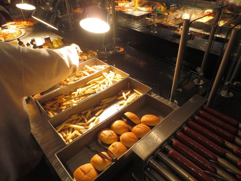 6_hot_dogs_burgers_chicken_tenders_fries