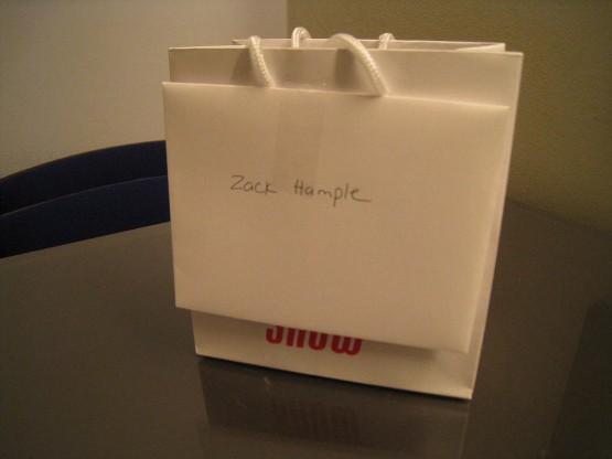 10_gift_bag