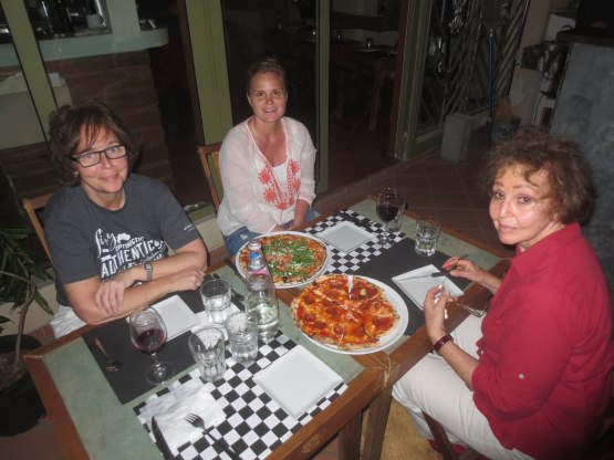 161_martha_amy_naomi_at_dinner