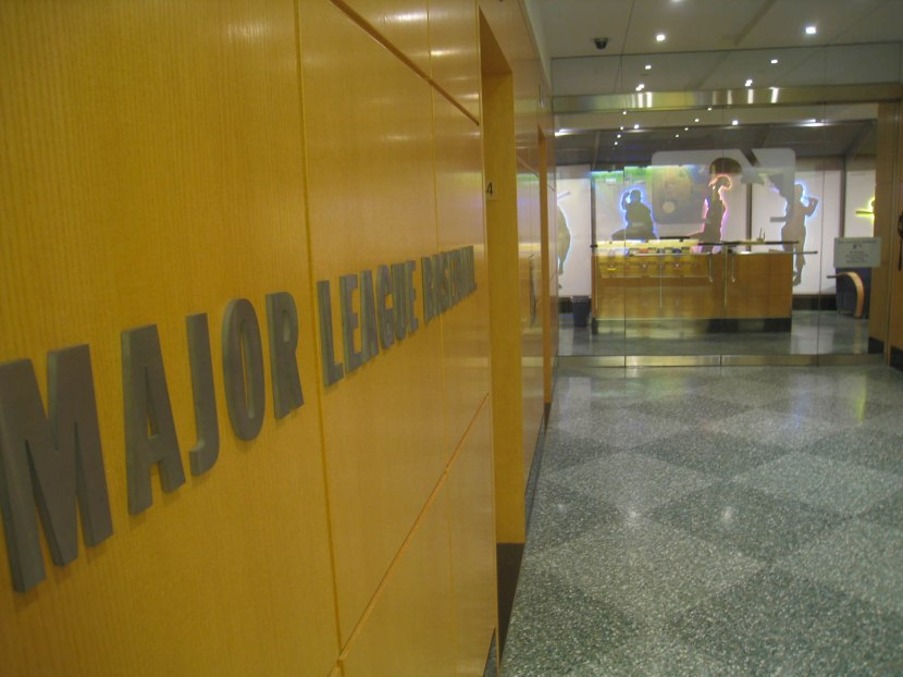 18_looking_toward_the_34th_floor_reception_area