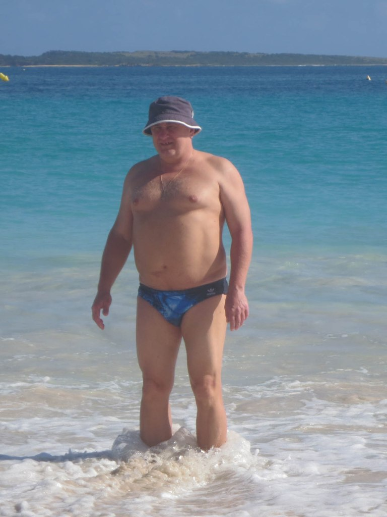 214_fat_guy_in_the_water
