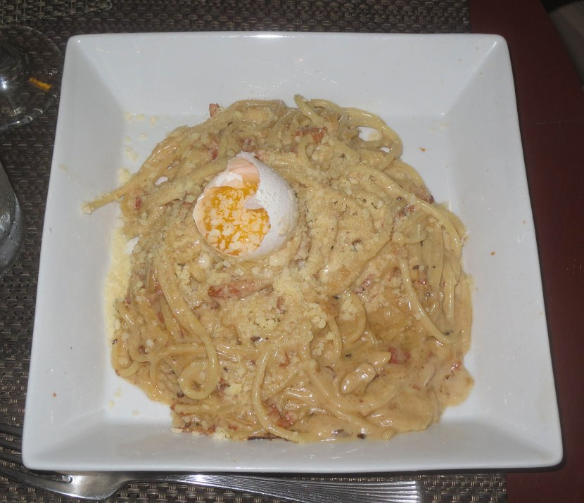 280_spaghetti_with_sauteed_pancetta)garlic_egg_and_creamy_parmesan_cheese_sauce