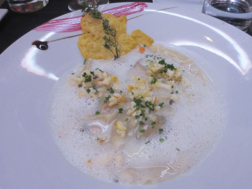 46_lobster_ravioli_coconut_milk_sauce_with_curry_and_citronella