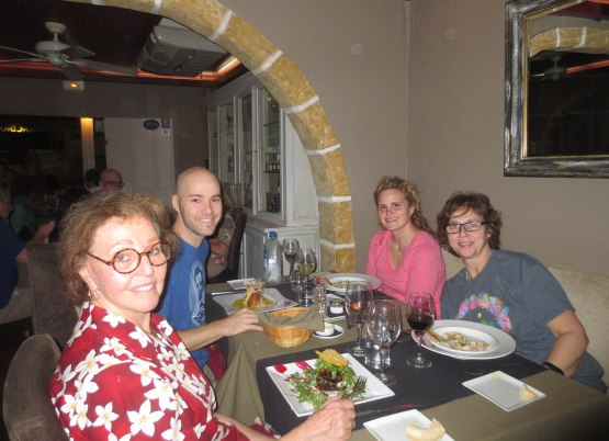 48_naomi_zack_amy_martha_at_dinner