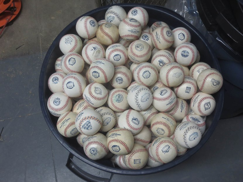 17_barrel_of_commemorative_balls