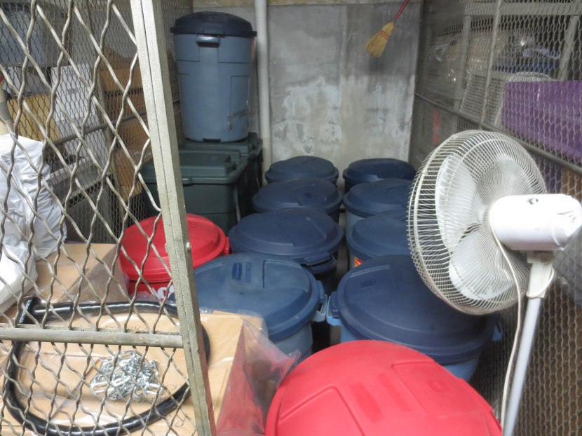 2_lots_of_barrels_in_the_storage_locker