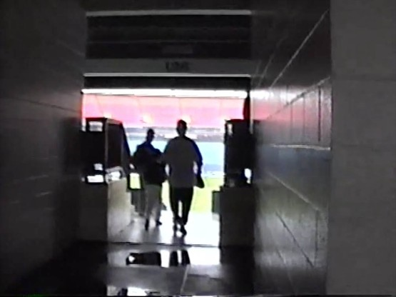6_heading_through_a_tunnel_for_my_first_look_at_the_field