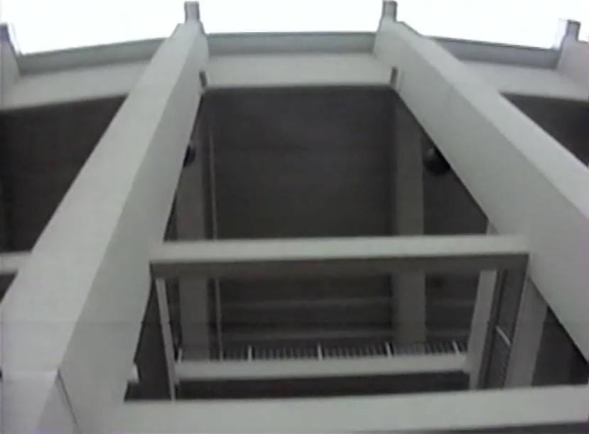 7_veterans_stadium_exterior