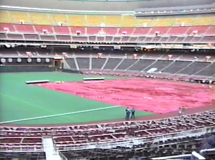 9_inside_veterans_stadium