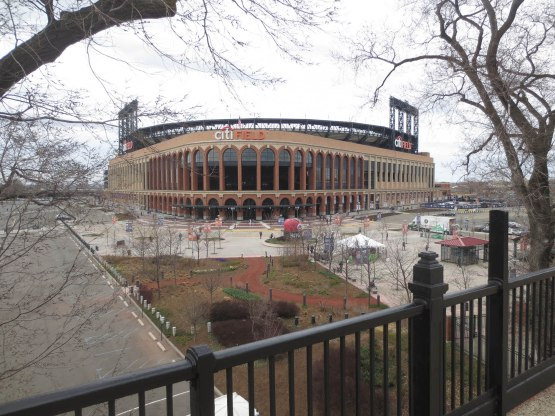 1_citi_field_from_afar_04_14_15