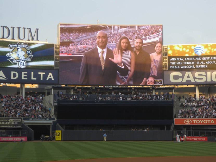 13_bernie_williams_on_the_jumbotron