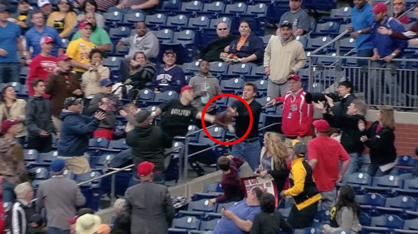29_zack_not_catching_this_foul_ball
