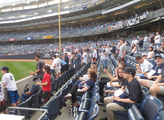 3_left_field_crowded_05_24_15