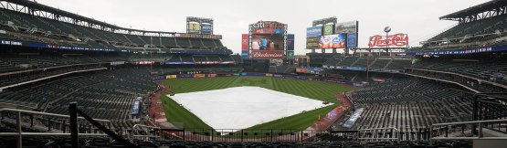 17_tarp_on_the_field_panorama