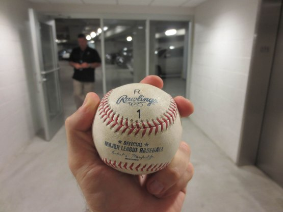 32_arods_3000th_hit_in_the_basement_of_yankee_stadium