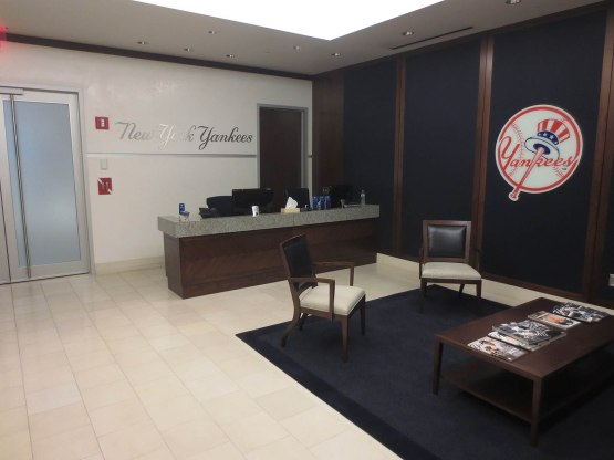 47_yankees_executive_office_lobby