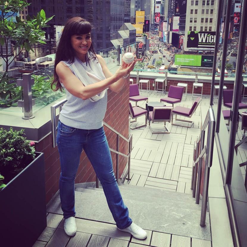 10_lisa_ann_posing_with_the_arod_ball