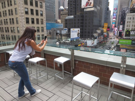 11_lisa_ann_photographing_the_arod_ball