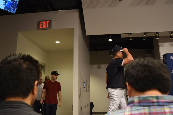 26_alex_rodriguez_and_zack_entering