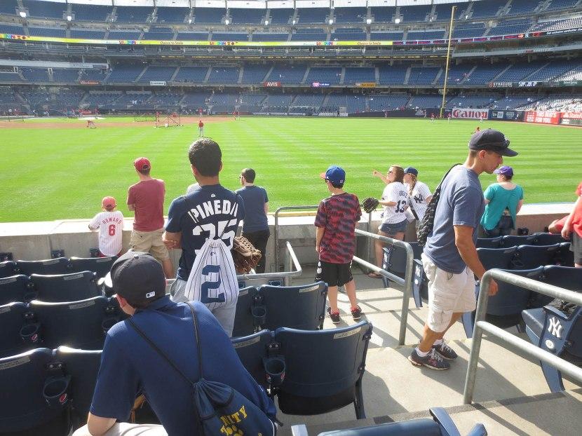 5_fans_in_right_field_06_22_15