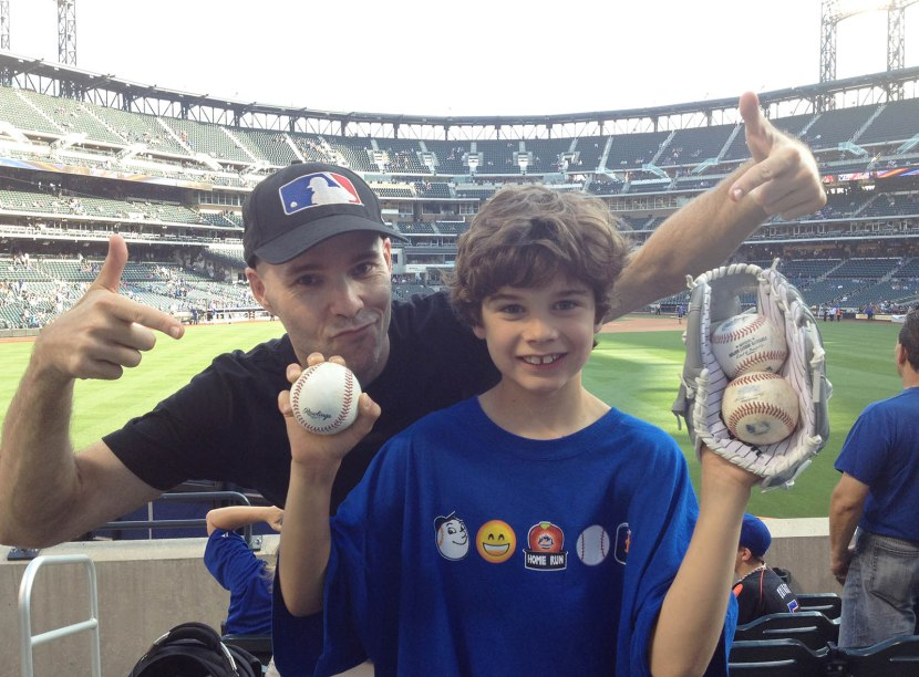 9_zack_and_alexandre_with_three_baseballs